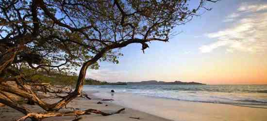 beautiful-flamingo-beach-in-guanacaste-costa-rica