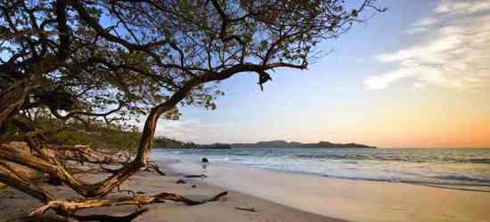 relax-in-a-beautiful-beach-of-costa-rica