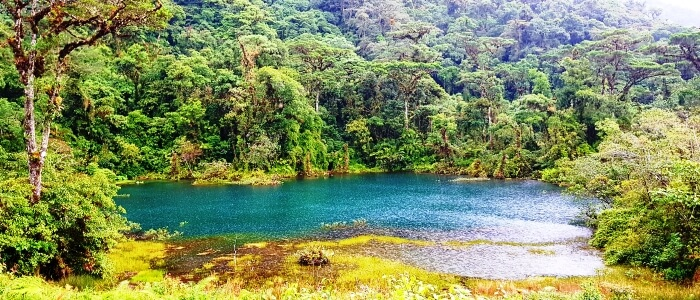 travel-to-costa-rica-and-visit-its-beautiful-national-parks