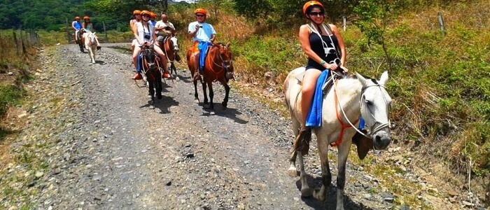 Horseback riding tour near Miravalles Volcano