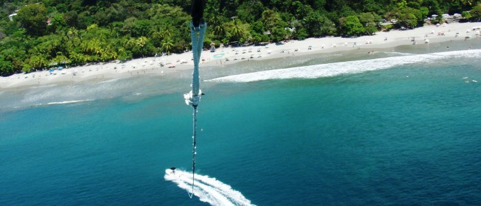 parasailing in manuel antonio beach