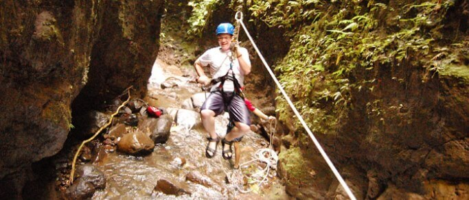 adventure waterfall rappelling tour