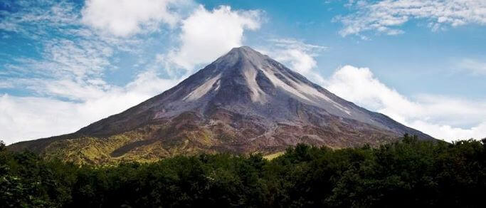 arenal volcano adventure tour from guanacaste