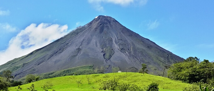 arenal volcano and tabacon tour from san jose