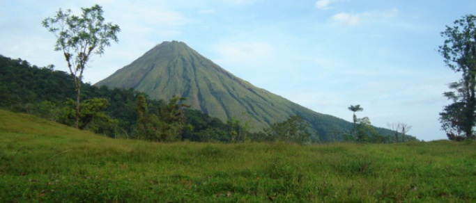 best hiking tour in costa rica