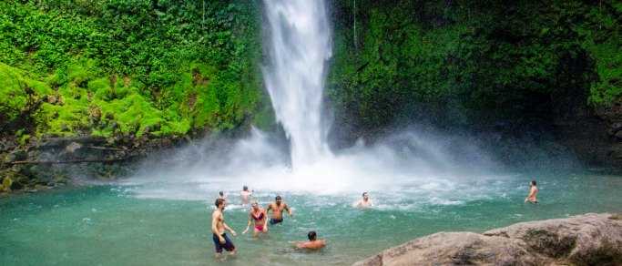 fortuna waterfall costa rica