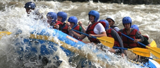 pacuare river white water rafting adventure