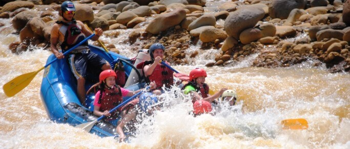 white water rafting at sarapiqui