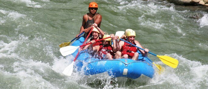 white water rafting tour at naranjo river