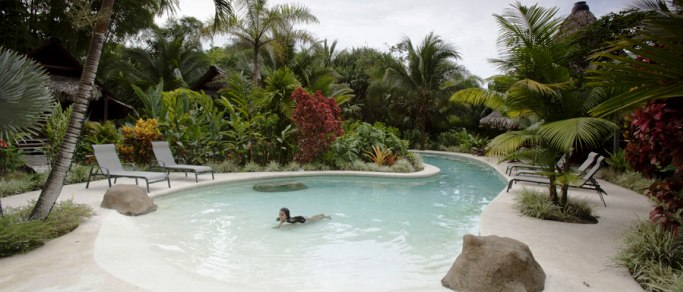 costa rica hot springs location