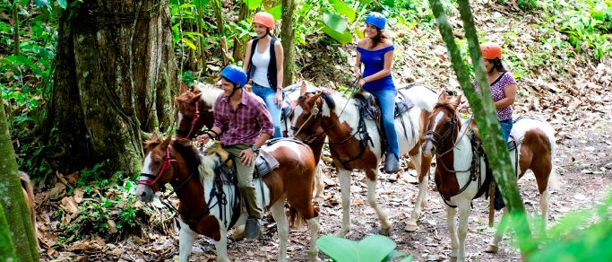 horse back riding tour in costa rica near arenal volcano